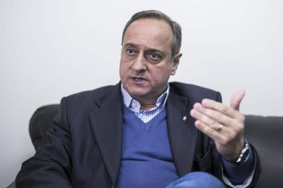 CEEE EM PAUTA 8  Privatizar a CEEE é retroceder mais de 60 anos, diz Vieira da Cunha